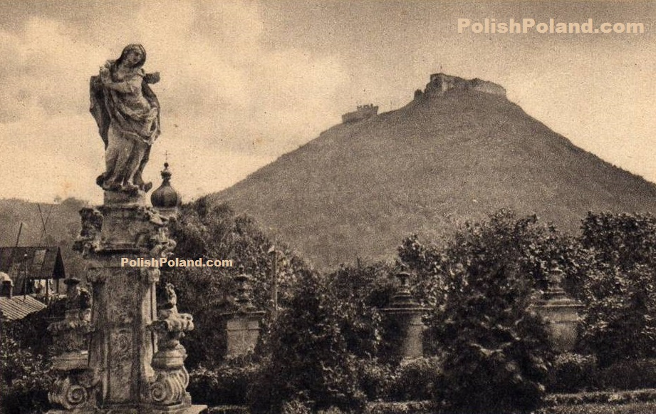 A photograph of the castle on Bona Mount, Krzemieniec, Poland, c.1930.