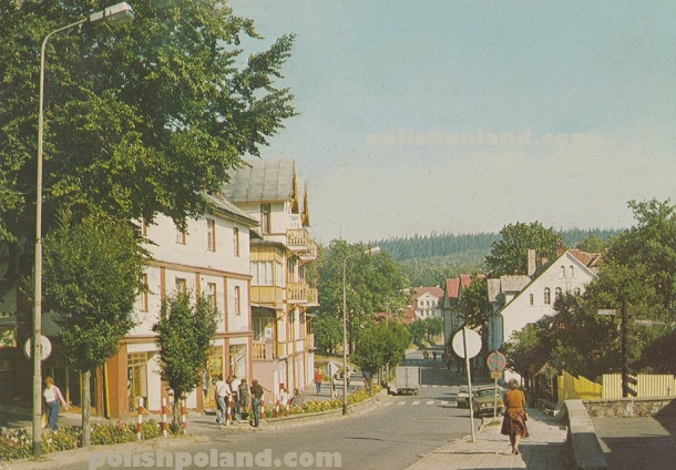 A photograph of Ulica Boleslawa Bieruta in Swieradow-Zdroj, Poland, c.1974.