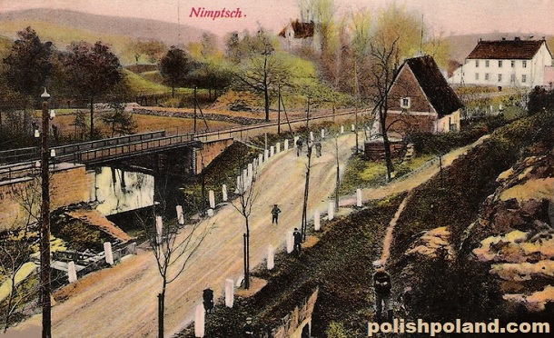 Another view of the railway line in Niemcza (Nimptsch). This postcard was mailed in 1905.